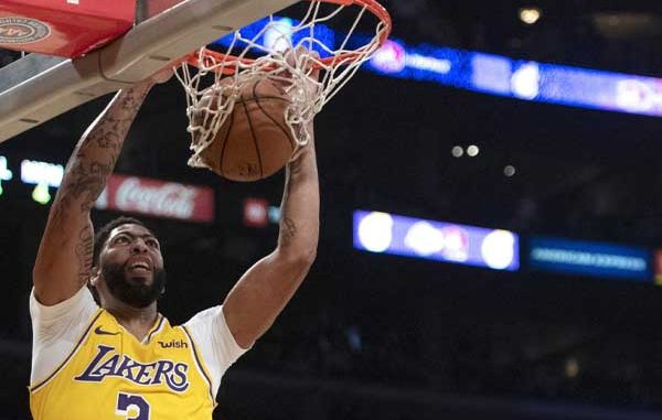 Davis dunks on the NBA